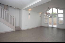 Stunning 3 Bedroom House For Rent From 17th July - 20 Mins Outside Oxford