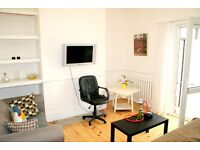 extremely Spacious Double Room Situated Within A Large Five Bedroom House, All Bills Are Included