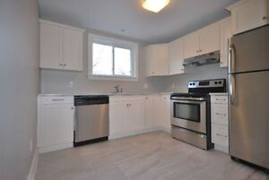 MODERN TWO BEDROOM APARTMENT AVAILABLE SEPTEMBER 1ST