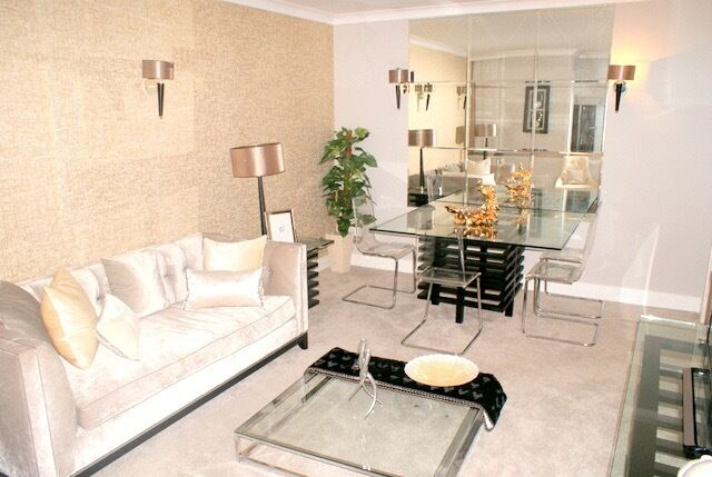 Contemporary Stunning One Bed Apartment in Refurbished Development situated on Sloane Street