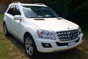 2009 Mercedes-Benz M-Class ML550 SUV, Crossover