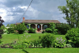 Beautiful Country Style House, Shediac Area