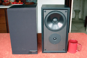 Mission 761 stereo speakers