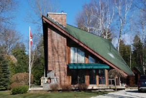 Contemporary Cottage Across From Lake Huron! - Saugeen Team