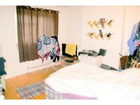 Fair sized Double bedroom in a 4bedroom home share. Transport links & all bills included in rent.
