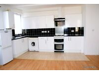Large double bedroom in Three Bed Houseshare All Bills Included Close to Transport and Amenities