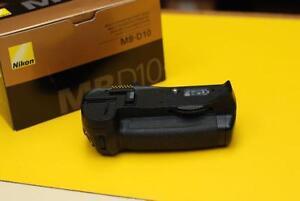 Nikon MB-D10 grip for D300 / D300s / D700