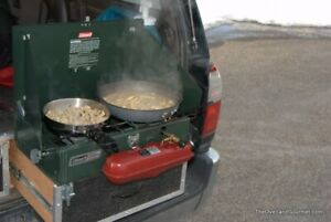 LARGE Coleman camping stove