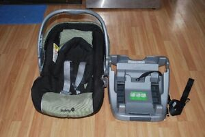 Infant car seat + base