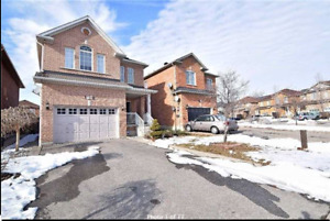 Large 3-Bedroom Detached House in Meadowvale Village Mississauga