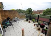 3 bed duplex to rent £1,300 pcm (£300 pw) Hadrian, Stanwell TW19