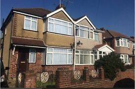 SPACIOUS SEMI-DETACHED 3/4 BEDROOM HOUSE IN HAYES WITH DRIVEWAY (UB3)