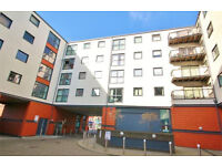 Modern clean New Build 2 double bedroom flat in Capitol Square. 10 mins walk to Epsom Train Station