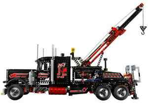 """Lego 8285 """"TOW TRUCK"""""""