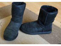 Ugg Australia Women's Classic Short Boots