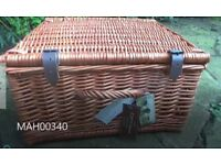 Willow picnic basket hamper for 2 with plates and cutlery outdoor eating Brand new