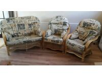 2 + 1 + 1 wicker conservatory garden furniture set in very good condition // free delivery