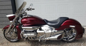 2004 Honda Valkyrie RUNE NRX1800, Chrome edition