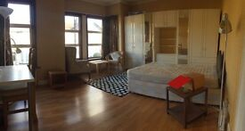 For rent double room for single use in willesden green with all the bill included