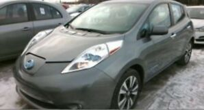 2015 Nissan Leaf SL Premium, Leather, Bose stereo, 360 camera