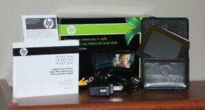 HP df300a 1 - 3.5inch Portable Digital Picture Frame