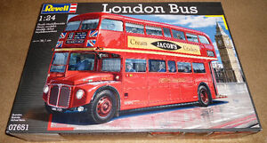 Revell Germany 1/24 London Bus