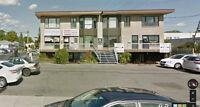 Local commercial - 425 pi² -  très bien situé - à Brossard