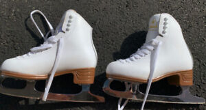 Girl's Figure Skates For Sale in MINT Condition