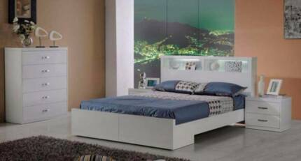 SALE!!!!!! 4 pce Sara King Bedroom Suite with Tallboy (Was $2099)