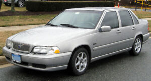 WANTED TO BUY - 1999 or 2000 Volvo S70 Sedan WANTED TO BUY