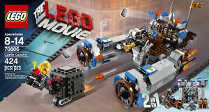 LEGO Movie Castle Cavalry 2 in 1 - RETIRED and NEW IN BOX