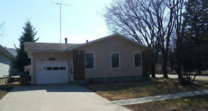 4 bedroom home close to downtown Melfort and hospital!