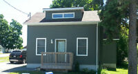 Vacation Rental July 11-18 ~ New renovated cute  IN TOWN PICTON