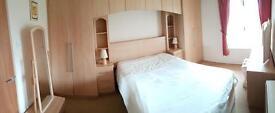 Stunning bedroom set, bargain