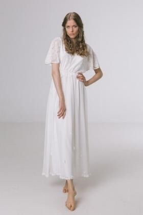 Adele Wedding Dress Retails 1100 From Minna Size 12 Fast And Free Ship Brand New