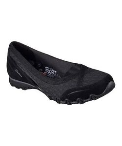 ..SKECHERS BLK RELAXED FIT with MEMORY FOAM