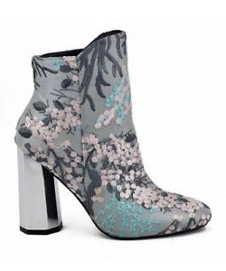 Octagon Heeled Booties Size 9  + Hello Fresh FREE $50 Gift Card