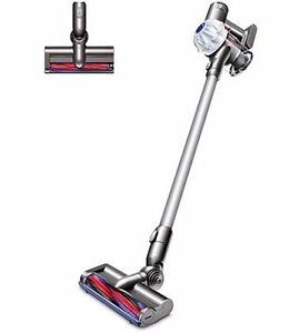 Dyson V6 Cordless Vacuum, 1 Year Full Warranty. OpenBox Macleod Sale! (Financing Available 0% Interest)