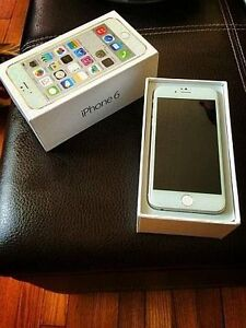 iPhone 6 Silver... Factory unlocked 8.5/10 condition