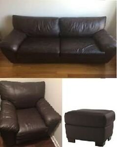Leather / Cuir sofa / canapé, armchair / fouteull, footstool