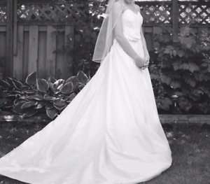 Barbra Allin Wedding Dress