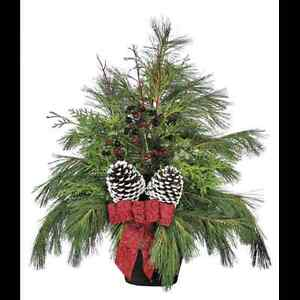 Best Christmas arrangement for best prices in town made by a pro Windsor Region Ontario image 5