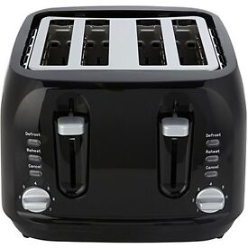 Black 4 slice toaster and matching kettle
