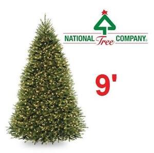 NEW 900 LIGHT 9' CHRISTMAS TREE DUH-90LO 143572272 PRE LIT LED NATIONAL TREE COMPANY DUNHILL FIR HINGED