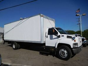 Saftied GMC C6500 ,26ft Straight truck, Manual , G licence