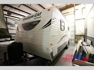 REDUCED -18ft. 2015 Palomino Canyon Cat Travel Trailer