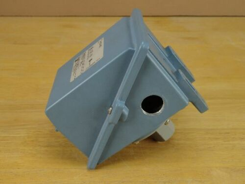Used UE United Electric Controls H400-450 Pressure Switch