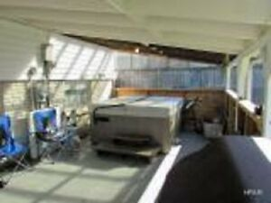 Family Home With Huge Lot and Detached Garage Stratford Kitchener Area image 4