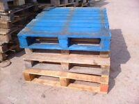 Pallets medium and heavy duty