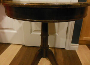 Shaker box style table top table with claw feet, 2 wood chairs London Ontario image 10